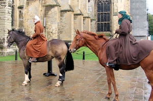 horses-outside-canterbury-cathedral